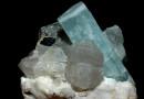 aigue-marine sur quartz (Pakistan)