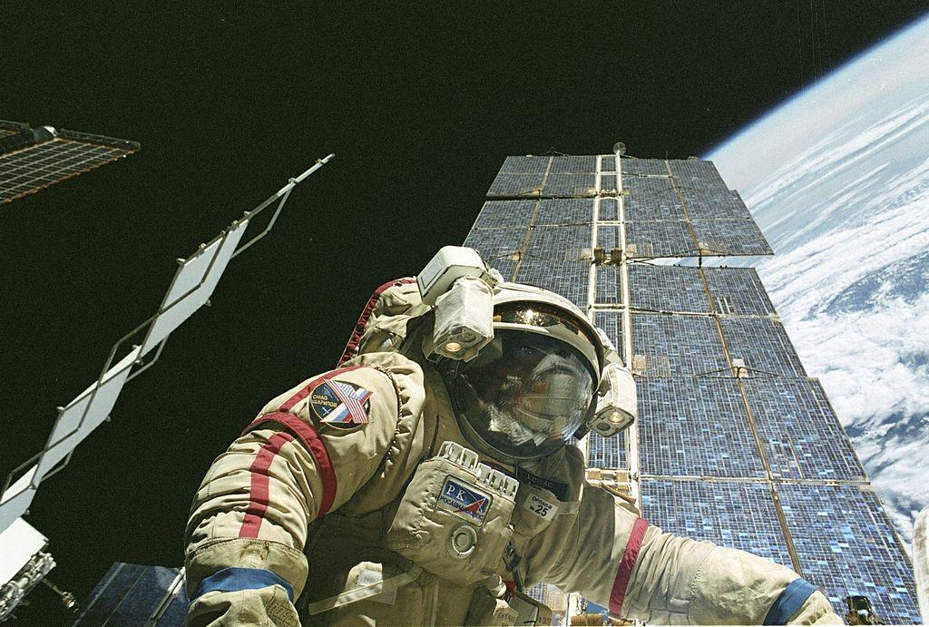 Космическа разходка на Международната космическа станция