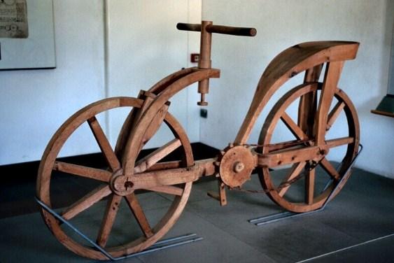 В музея на град Винчи велосипедът е пресъздаден по чертежа.