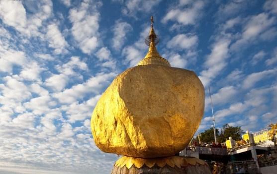 Златният камък в Мианмар